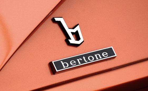 Lancia_Stratos_Zero_by_Bertone_26.jpg
