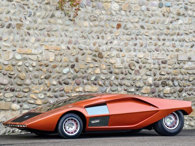 Lancia_Stratos_Zero_by_Bertone_45.jpg