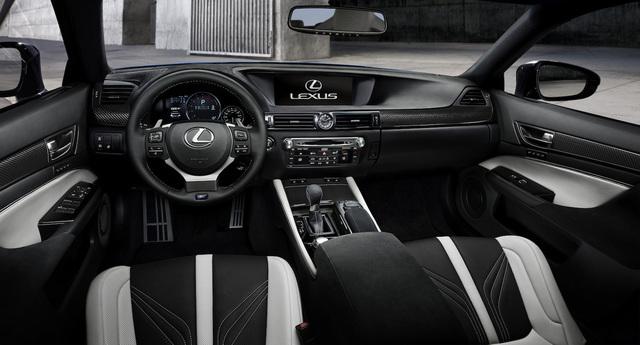 Lexus_GS-F_2015_Detroit_06.jpg