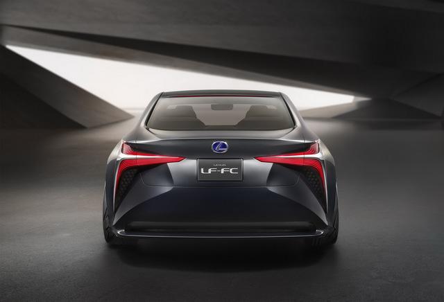 Lexus_LF_FC_concept_05.jpg
