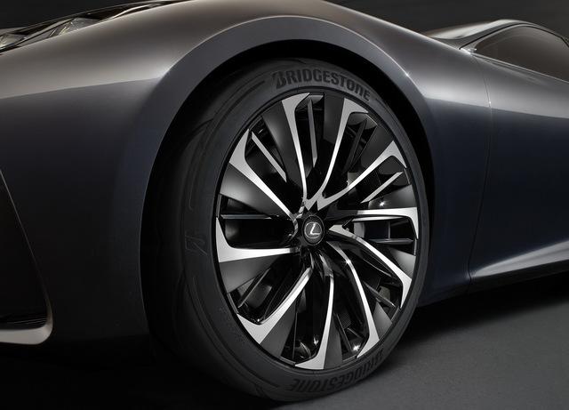 Lexus_LF_FC_concept_11.jpg