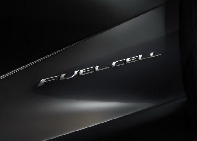 Lexus_LF_FC_concept_13.jpg