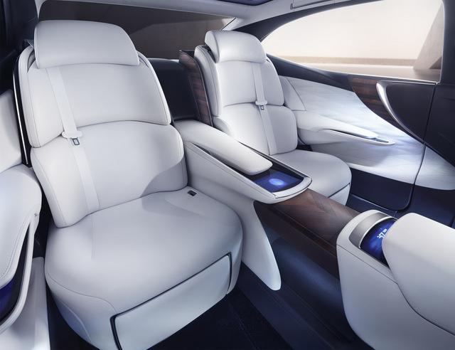 Lexus_LF_FC_concept_18.jpg