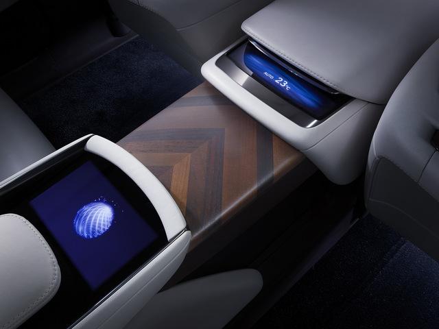 Lexus_LF_FC_concept_22.jpg