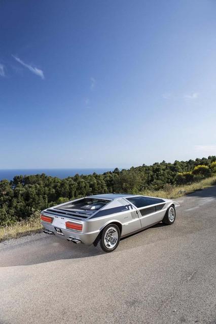 Maserati_Boomerang_for_sale_04.jpg