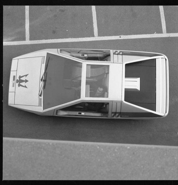 Maserati_Boomerang_for_sale_19.jpg
