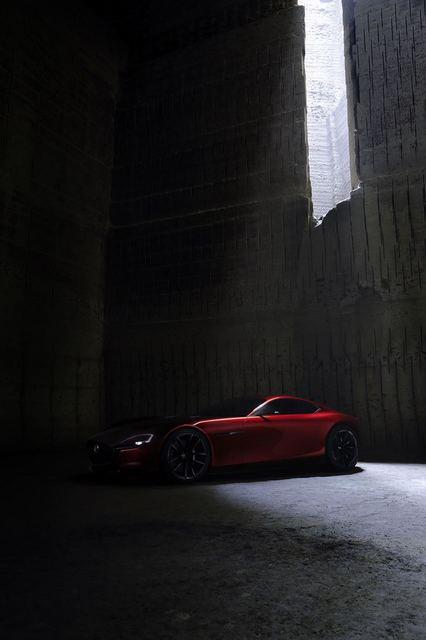 Mazda_RX-VISION_08.jpg