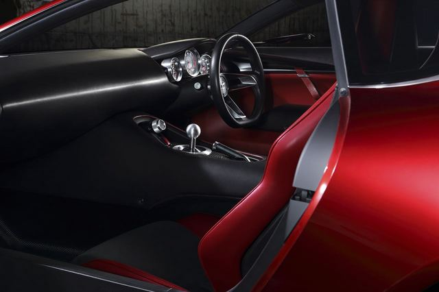 Mazda_RX-VISION_15.jpg