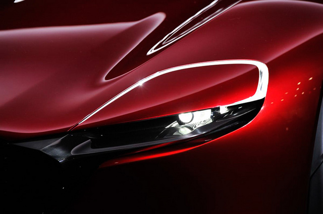 Mazda_RX-VISION_add_pics_13.jpg