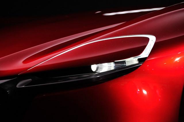 Mazda_RX-VISION_add_pics_14.jpg