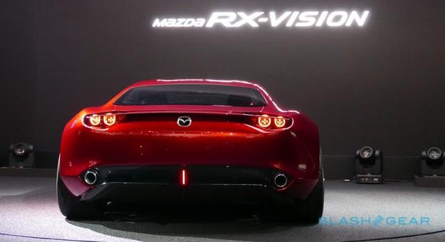 Mazda_RX-VISION_add_pics_17.jpg