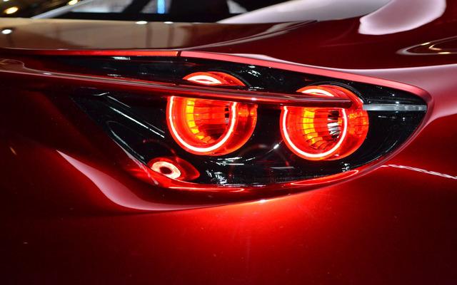 Mazda_RX-VISION_add_pics_26.jpg