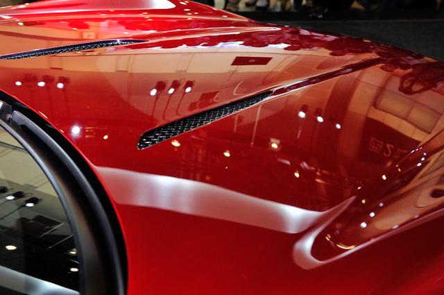 Mazda_RX-VISION_add_pics_27.jpg