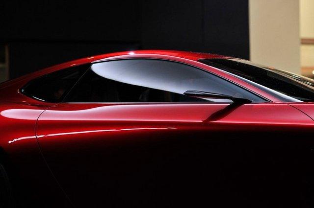 Mazda_RX-VISION_add_pics_32.jpg