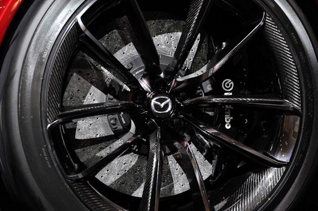 Mazda_RX-VISION_add_pics_39.jpg