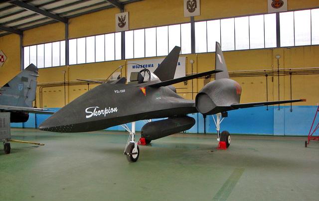 PZL_230F_Skorpion_01.jpg