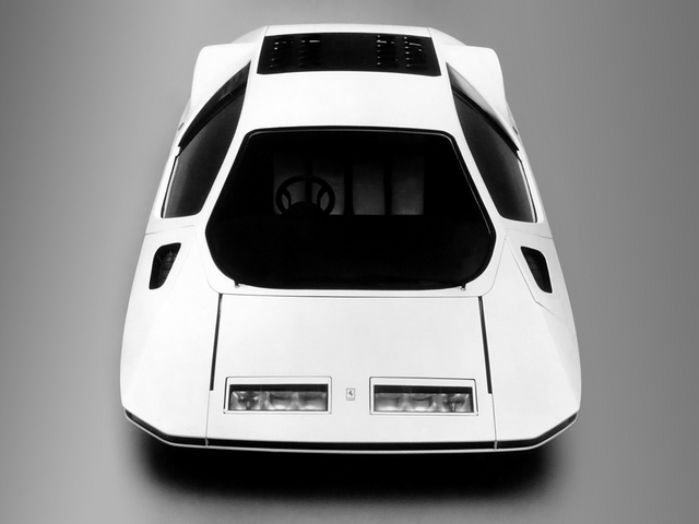 Pininfarina_Ferrari_512S_Modulo_11.jpg