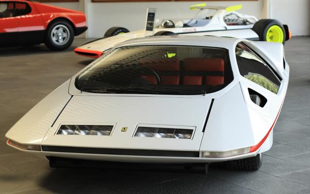 Pininfarina_Ferrari_512S_Modulo_20.jpg