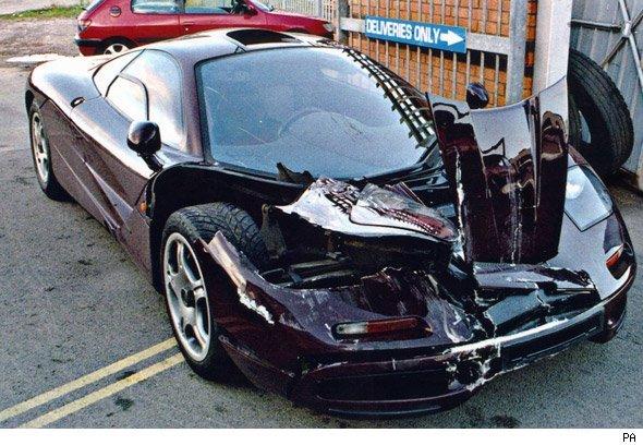 Rowan_Atkinson_McLaren_F1_08.jpg